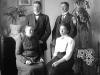 Syskonen Lars, Jonas och Anna Andersson tillsammans med mor Gölin på Kils 1908